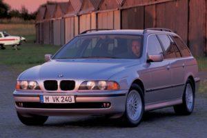 Geen roetfilter af fabriek betekent waarschijnlijk een MRB-verhoging voor de eigenaar van bijvoorbeeld een BMW  525 TDS uit 1997. Foto: BMW