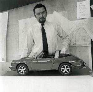 """""""Butzi"""" Porsche bij zijn creatie: de Targa, die door vele Porsche-fans en kopers werd omarmd. Foto: Pon"""