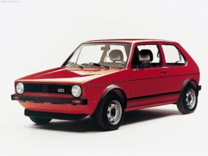 De eerste VW Golf GTI legde meteen vanaf zijn introductie de basis voor een ongekend succes. Afbeelding: Volkswagen