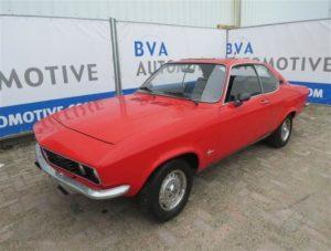 """Eén van de 35 te veilen """"Kavels"""": een Opel Manta A uit 1971. Foto: BVA Auctions"""