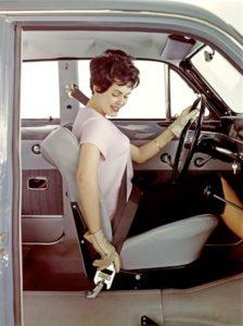 Volvo ontwikkelde de driepuntsgordel reeds in 1959 en droeg daardoor in belangrijke mate bij aan deze essentiële veiligheidsvoorziening.Afbeelding: Volvocars