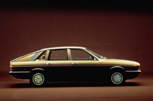 Extravagantie in 1976. De wereld maakte kennis met deze prachtige Gamma van Lancia. Zij beleefde in Genève haar vuurdoop. Afbeelding: FCA/Lancia