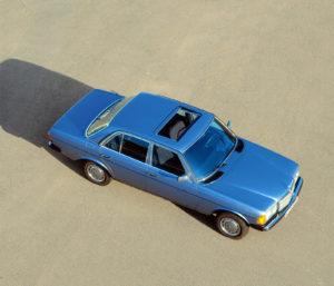 De meestverkochte Benz uit de historie van het merk is de W123. In alle opzichten een harmonieuze auto. Afbeelding: Daimler AG