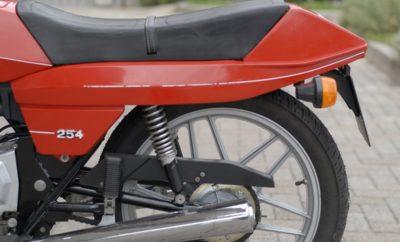 Moto Guzzi 254 kont