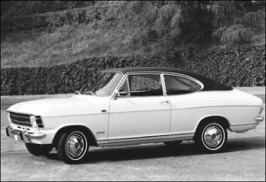 De Opel Olympia A was ook als coupé leverbaar en kende als basis de carrosserie van de Kadett -B LS Coupé Copyright: The GM Company