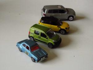 Boy toys, internet and past dreams - Car Motor Klassiek