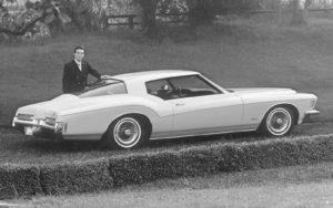 Een Buick Riviera prijkt op de kavellijst van de BCA Klassiekerveiling van aanstaande zaterdag. © GM Company