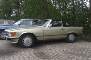 """De MB R/C107 club organiseert de Mercedes Benz familiedag in Burgum. Het belooft een evenement te worden waarbij onder meer 200 exemplaren van """"Das Haus"""" samenkomen. En de R107 zal niet ontbreken. Afbeelding: Erik van Putten"""