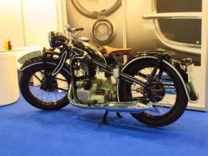 Een BMW Typ R4 uit 1935 zou zomaar onderdeel uit kunnen maken van het deelnemersveld. In ieder geval zal de belangstellende veel tijdgenoten tegenkomen. Afbeelding: Erik van Putten