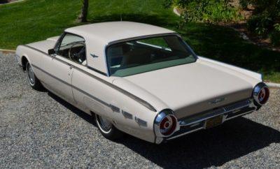 Thunderbird hardtop 1962