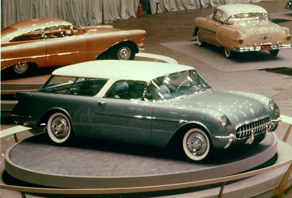1954-Chevrolet-Corvette-Nomad-Concept
