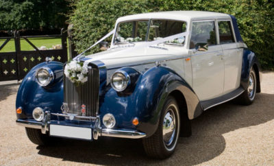 Empire was een Nederlands automerk, dat in 2001 een tweetal modellen presenteerde. Het bedrijf Empire Car Company, dat zijn naam baseerde op een gelijknamig Amerikaans bedrijf uit de jaren 30, bouwde de Empire Windsor en de Sabre Six, welke feitelijk Engelse Royale modellen zijn. Aandrijving en techniek zijn afkomstig van Ford.