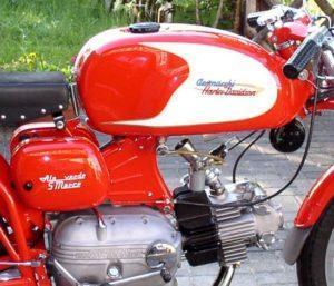 De motorzomers van toen, Armacchi Ala Verde