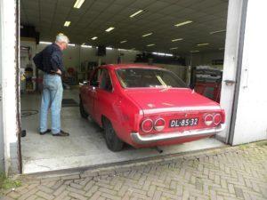 Gespot: Een Mazda R100 Wankel