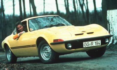 De Opel GT J