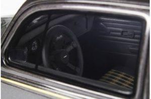 Een glimp van het interieur van het Kever Oettinger schaalmodel van Ottomobile. Het ziet er prachtig uit. Afbeelding: Ottomobile