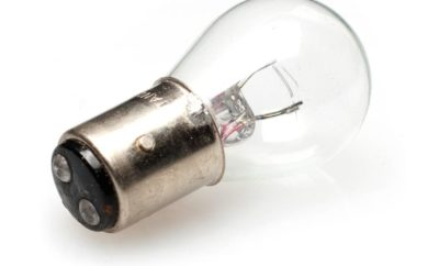6 V, 12 V, halogeen, LED. En terug?