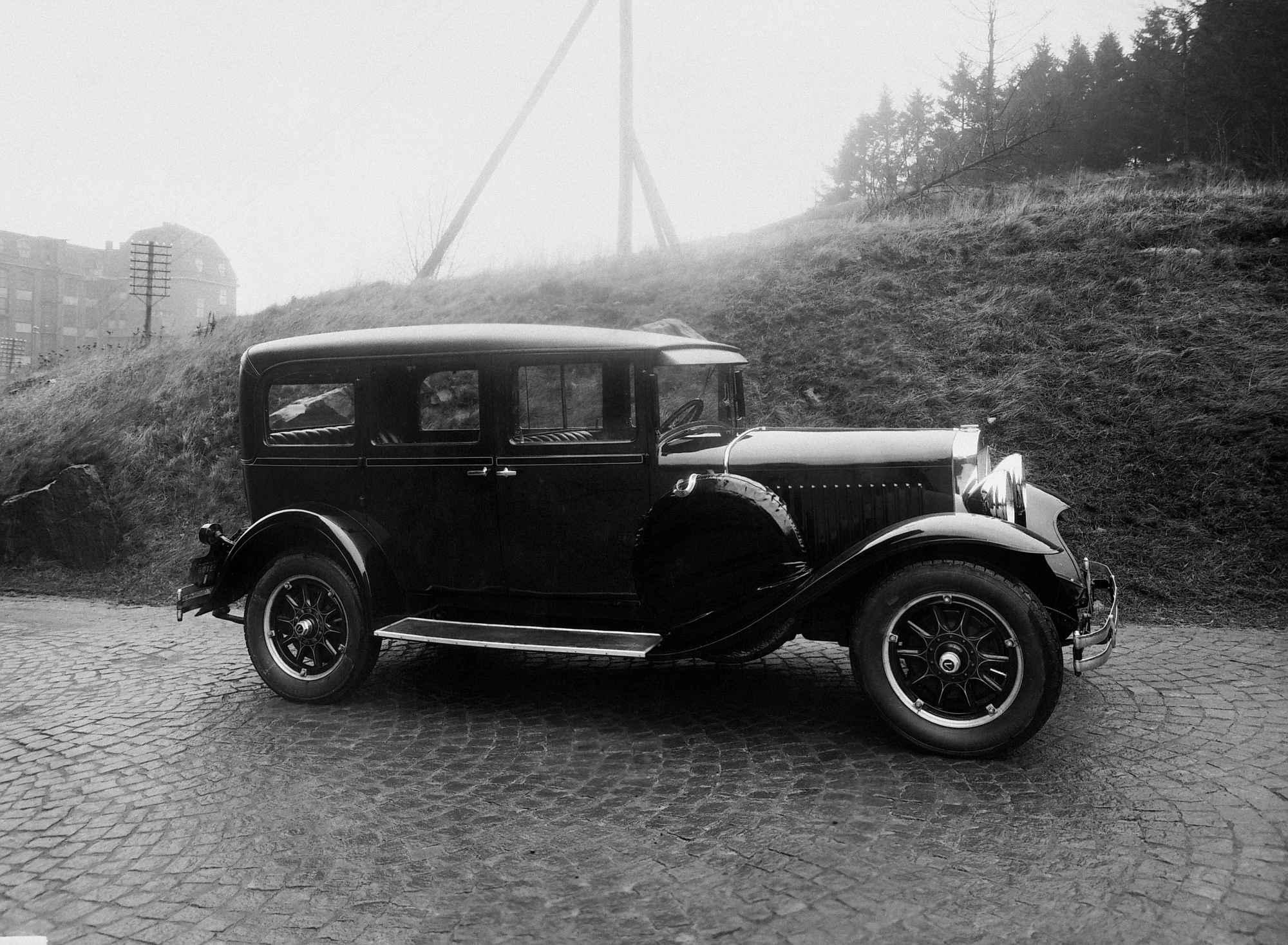 De eerste drie decennia van Volvo, negentig jaar Zweeds autobouwer - Auto Motor Klassiek