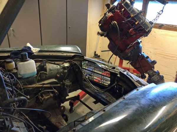 Demonteren B20 verbrandingsmotor