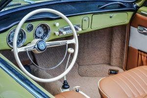 Volkswagen Karmann Ghia Interieur