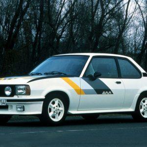 Opel Ascona 400 straatversie