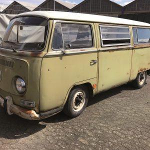 VW bus geteisterd