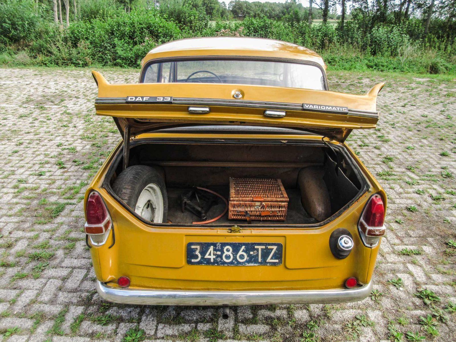 DAF 33 kofferbak