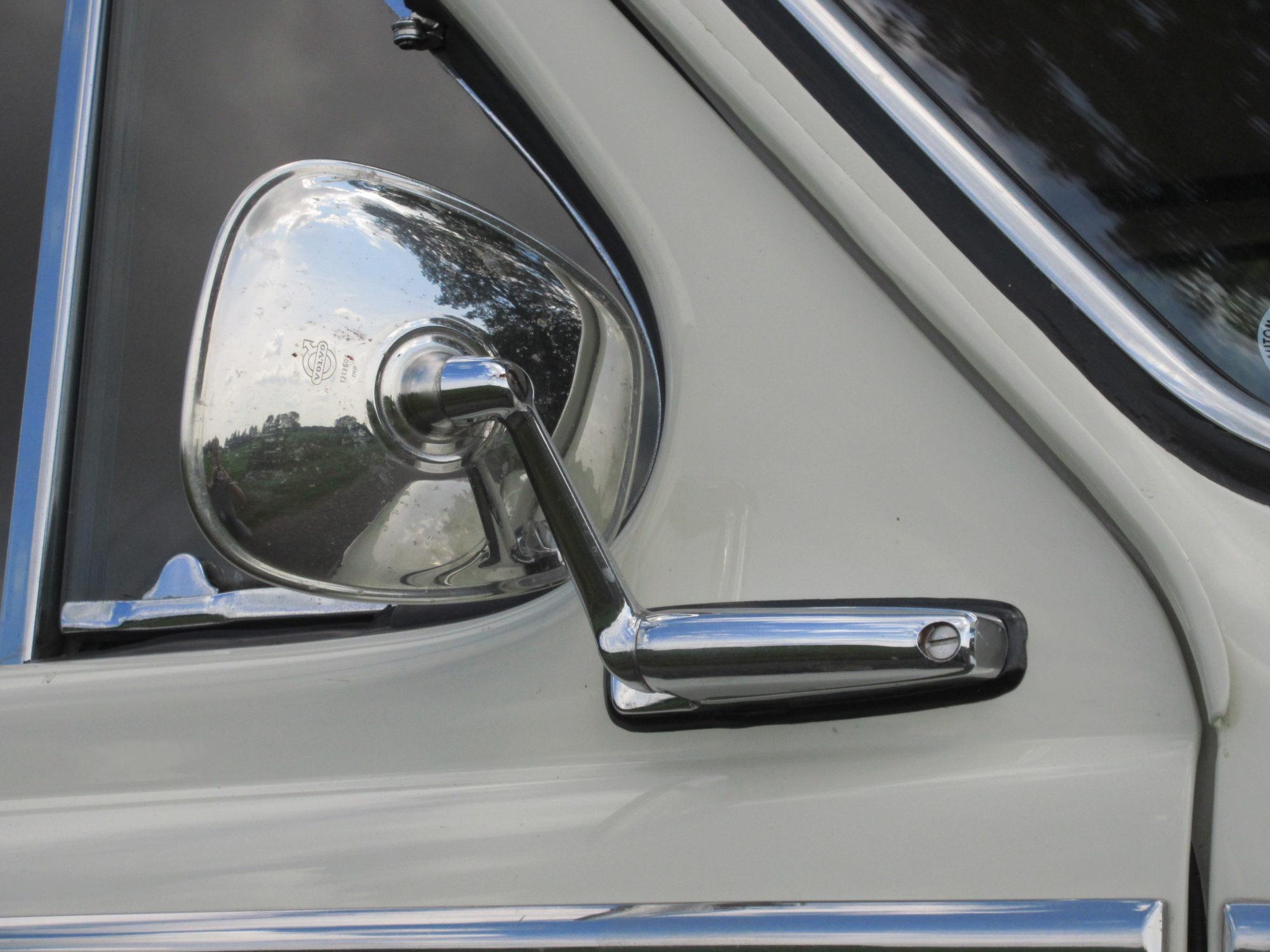 Volvo PV 544 spiegel
