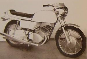 Motobécane 350 Triple prototype