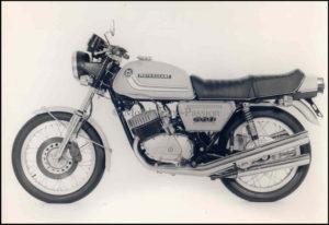Motobécane 350 Triple persfoto