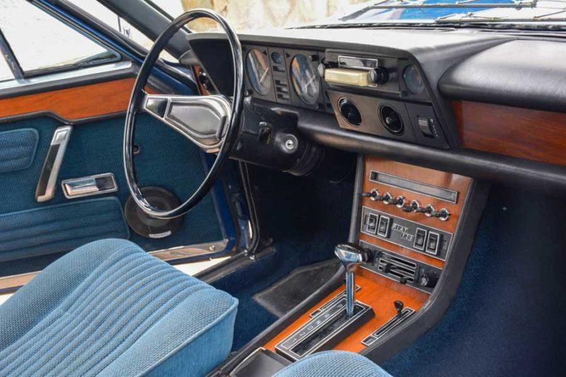 Fiat 130 interieur
