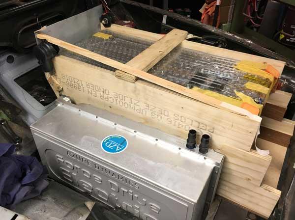 Mockup voorste batterijen bak