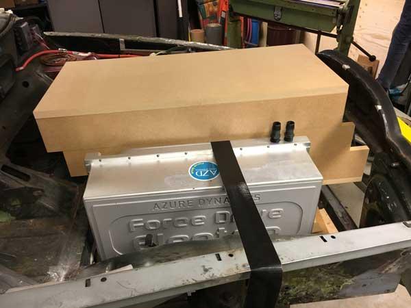 getrapte batterijenbox