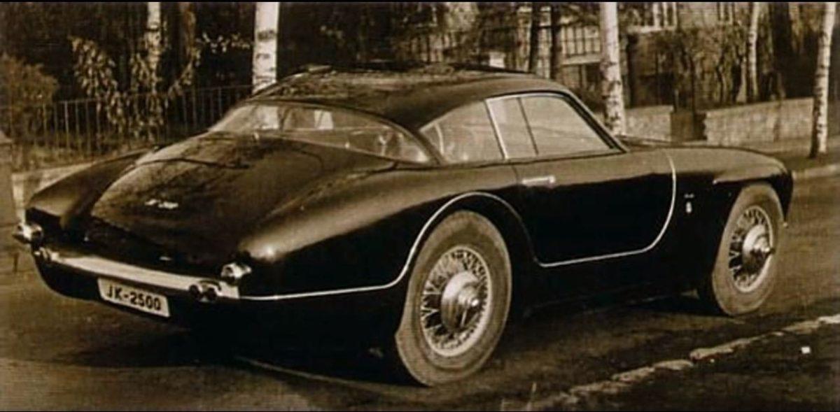 Tatra JK2500 achterkant