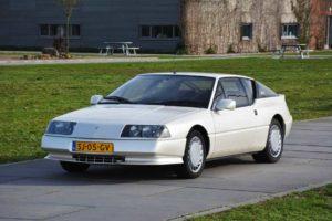 Alpine V6 voorkant