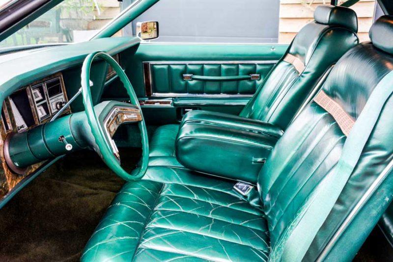 Interieur Lincoln Continental Mark V Givenchy