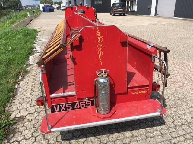 Crosley brandweerauto achter