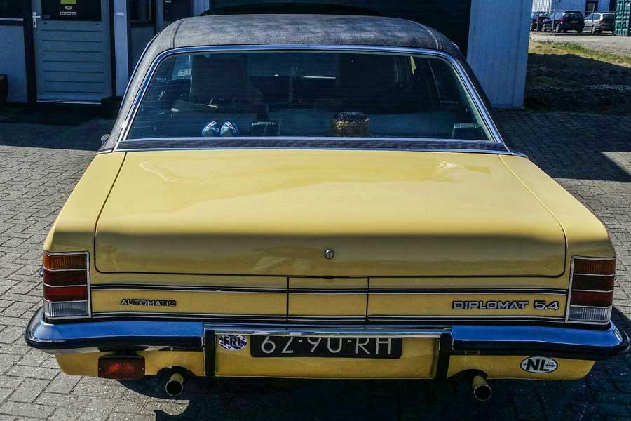 Opel Diplomat B 5.4 achterkant