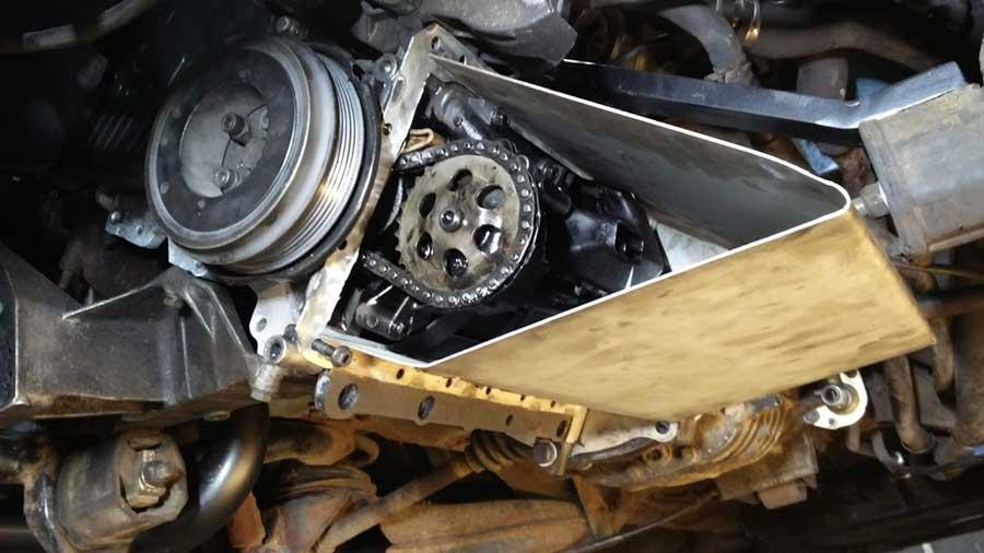 T3 VW Heel fraai, de behuizing voor onder meer de aandrijving van de oliepomp