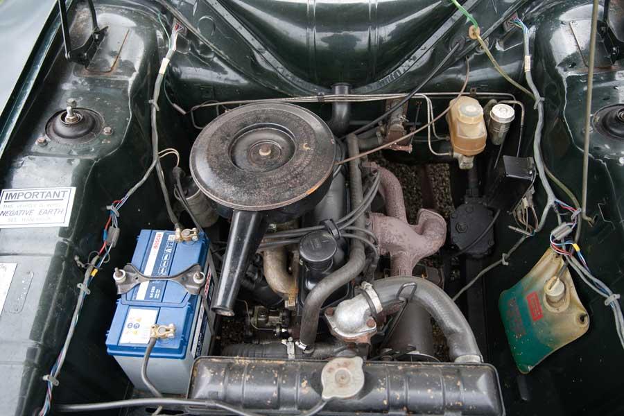 Ford Cortina MkII motor
