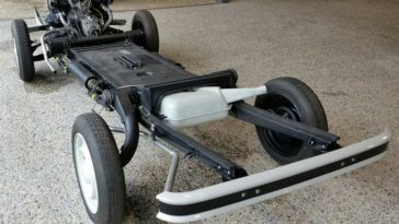 Citroën 2 CV chassis restauratie
