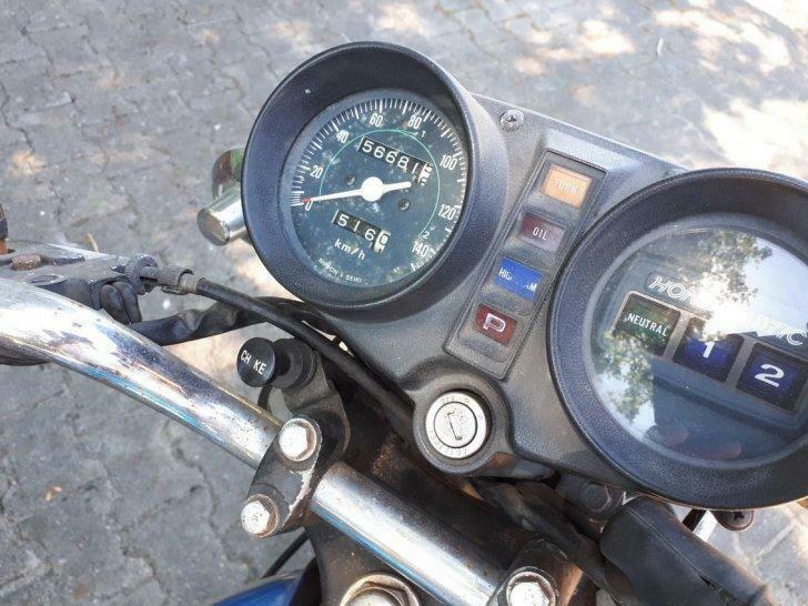 Honda CB400 Automatic