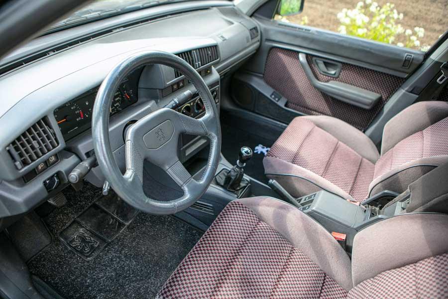 Peugeot 405 mi16