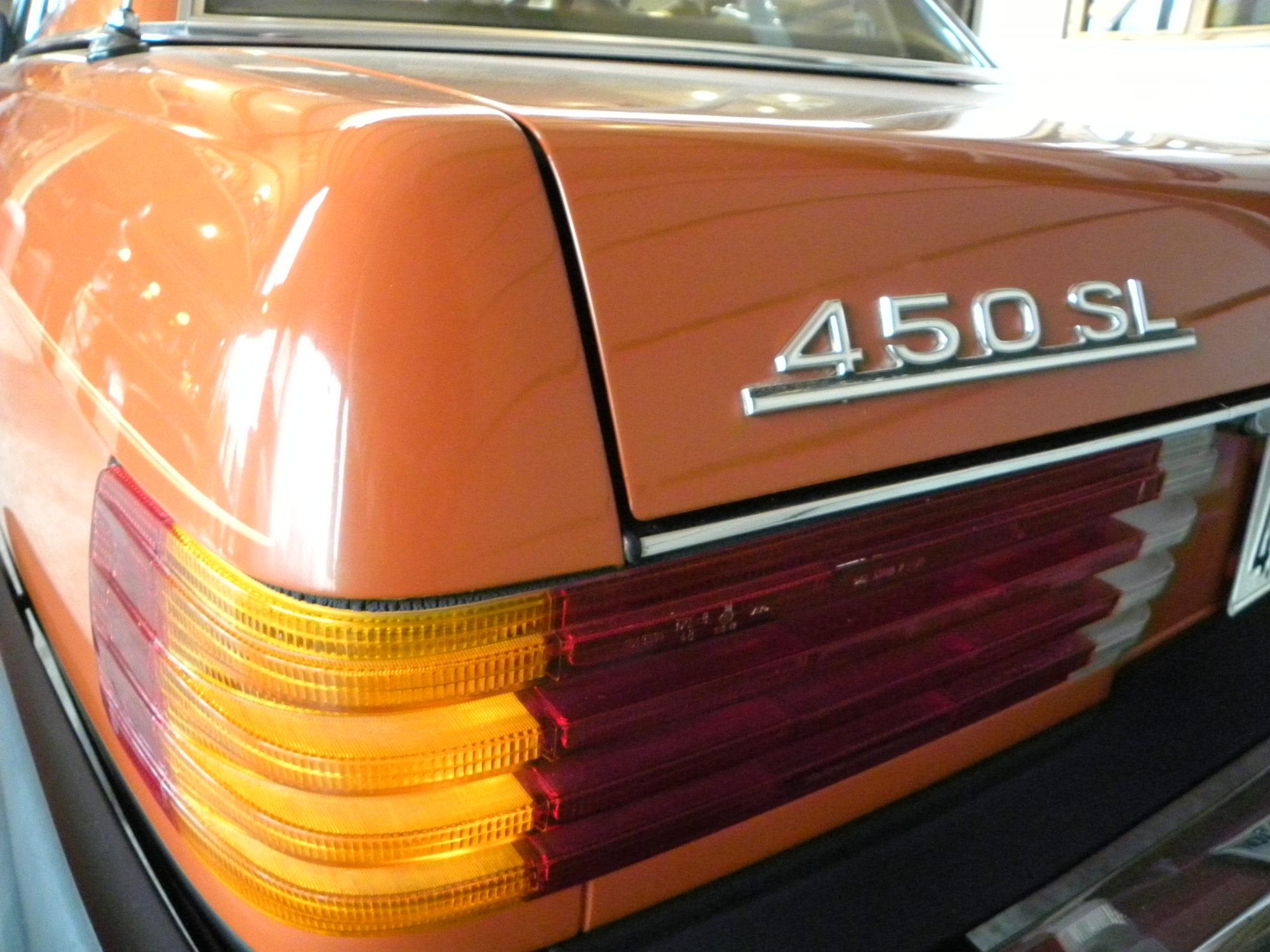 Mercedes-Benz V8 450 SL