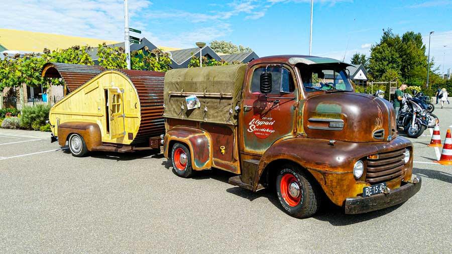 Ford F3 truck