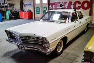 Ford Custom (1967)