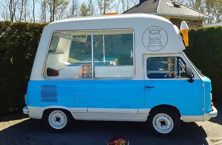 FIAT 900 T (1963)