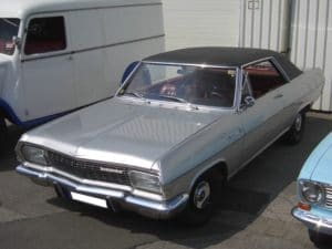 Opel Diplomat A V8 Coupe 1965 1967 frontleft 2008 07 17 U