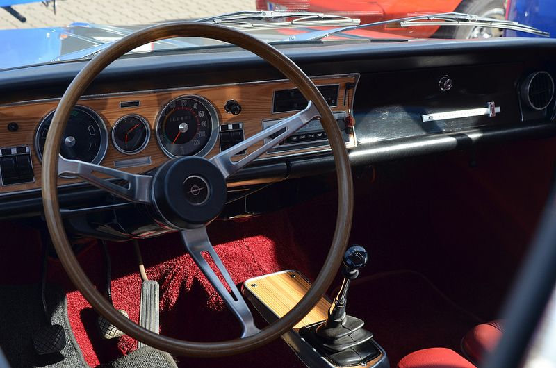 1968 dashboard Commodore GS