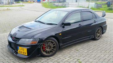 Mitsubishi Lancer Evolution 8 2003 1